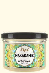 Makadamie - Luxusní pasta z krémově namletých nepražených makadamových oříšků. Má přirozeně nasládlou chuť a charakteristické máslové aroma. Makadamové ořechy obsahují především vitamín B1, ale i B2, B3, B5, B6 a E. Jsou bohaté na hořčík. Pastu lze konzumovat přímo nebo přidávat do oblíbených pokrmů.